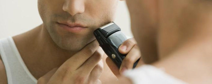 How To Use An Electric Razor Without Irritation